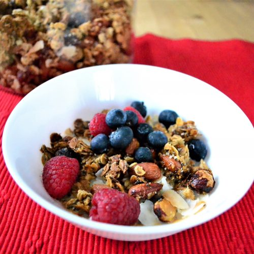 oat and nut granola with berries